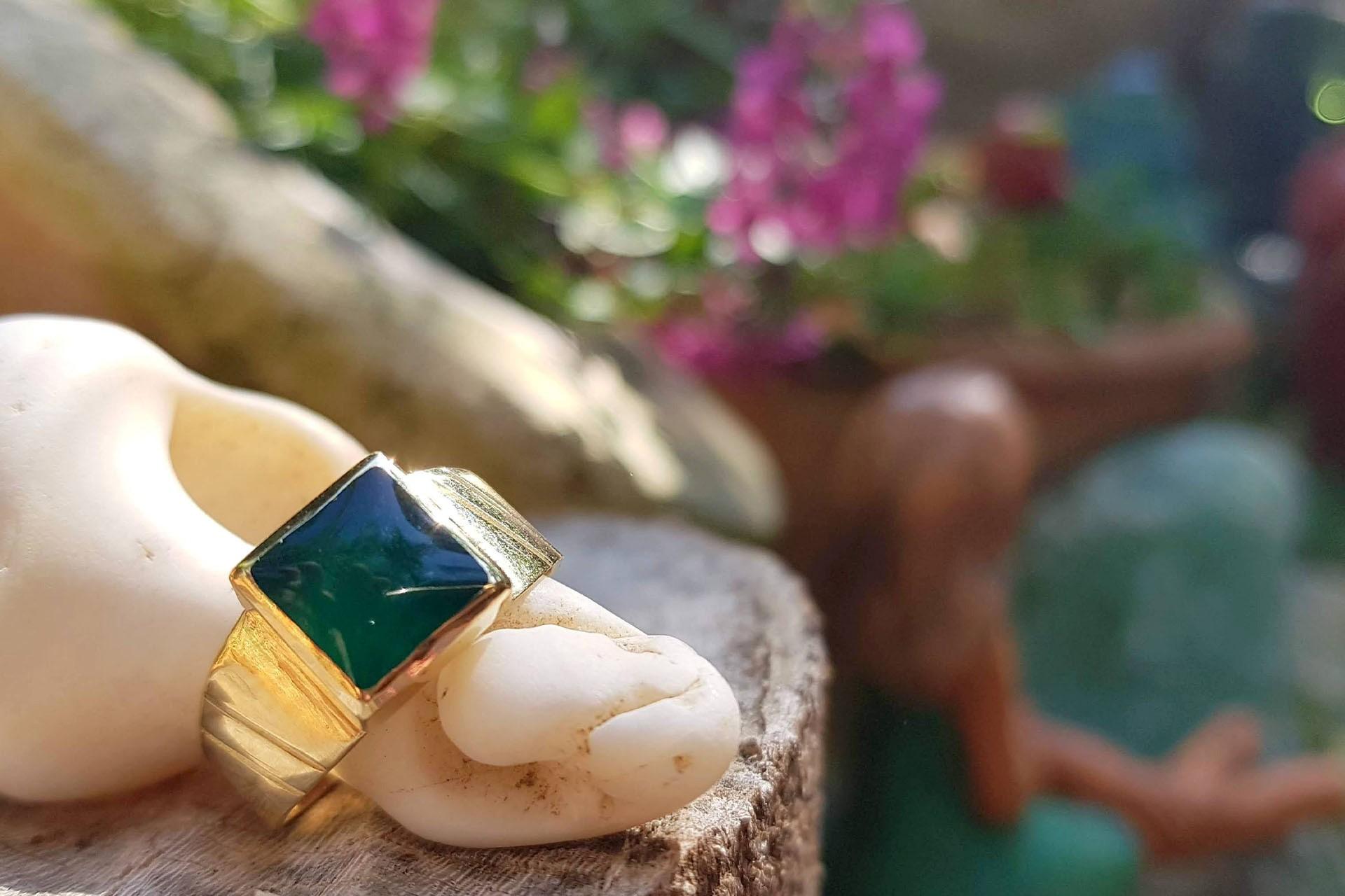 טבעת חותם ירוקה